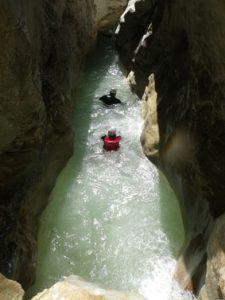 Le canyon est très étroit par endroits