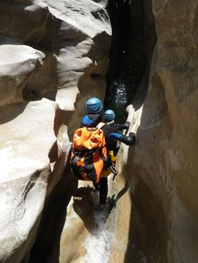 Passage étroit dans le canyon de Riolan