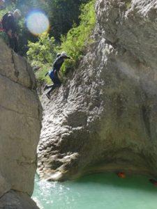 Un grand saut pour les amateurs de canyoning sportif!