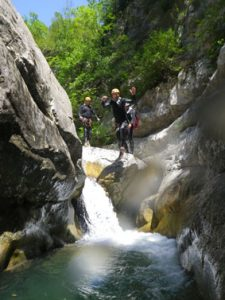 initiation canyoning saut