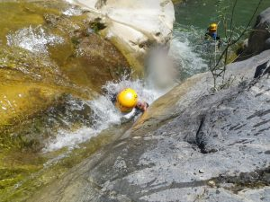 Initiation-canyoning-canyon06