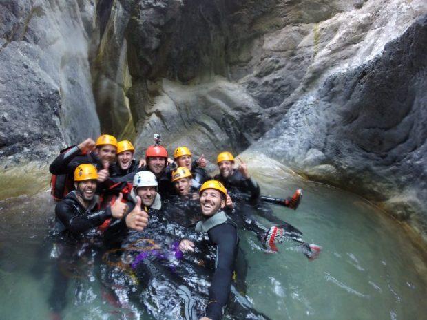 Une bonne équipe dans le canyon de la Maglia!