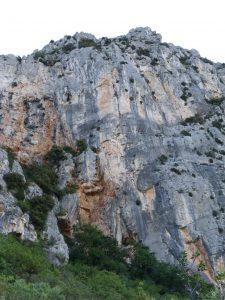 la face ouest du baou de Saint jeannet