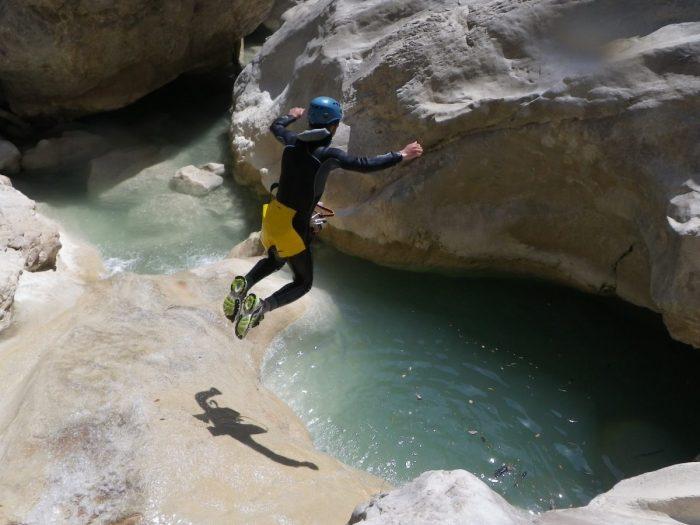 canyoning Nice Côte d'Azur en journée pour grands sportifs - Alpes Maritimes 06 et Var 83