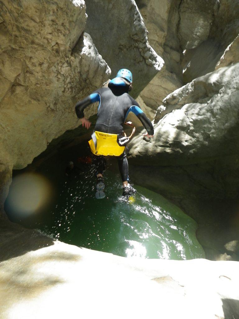 Un grand saut dans Riolan -Esteron