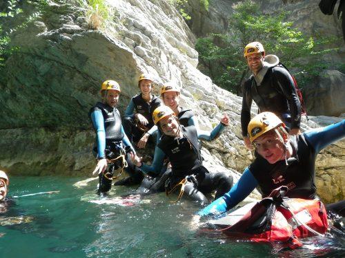Le canyoning en famille sur Nice, une activité aquatique à découvrir avec des enfants dans le 06.